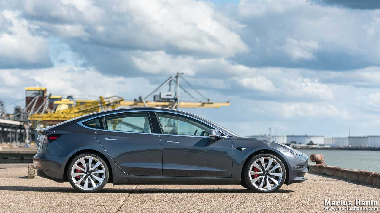 Essai Tesla Model 3 Performance (2019)