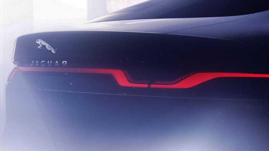 Jaguar montre une partie de la face arrière de sa XJ