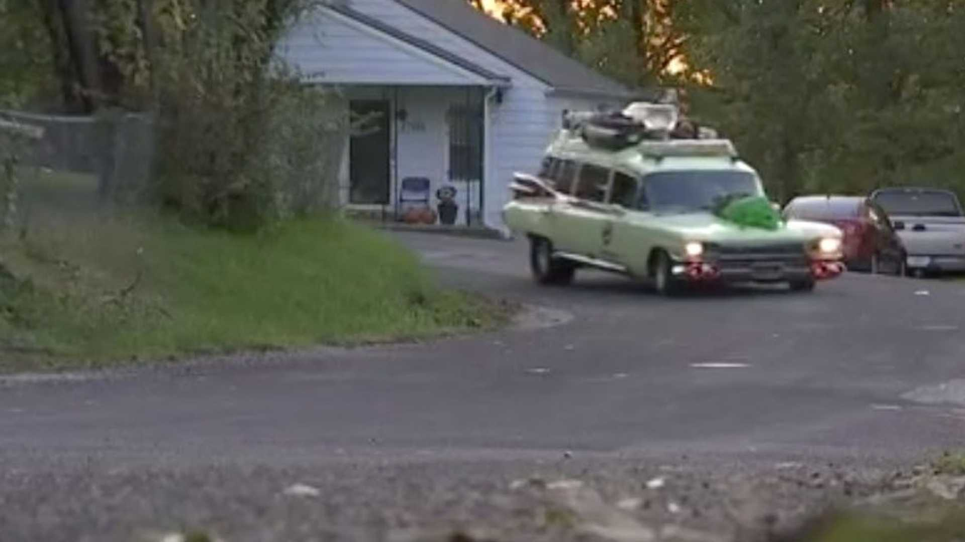 """[""""Man Remakes Famous Movie Cars Along With His Friends""""]"""