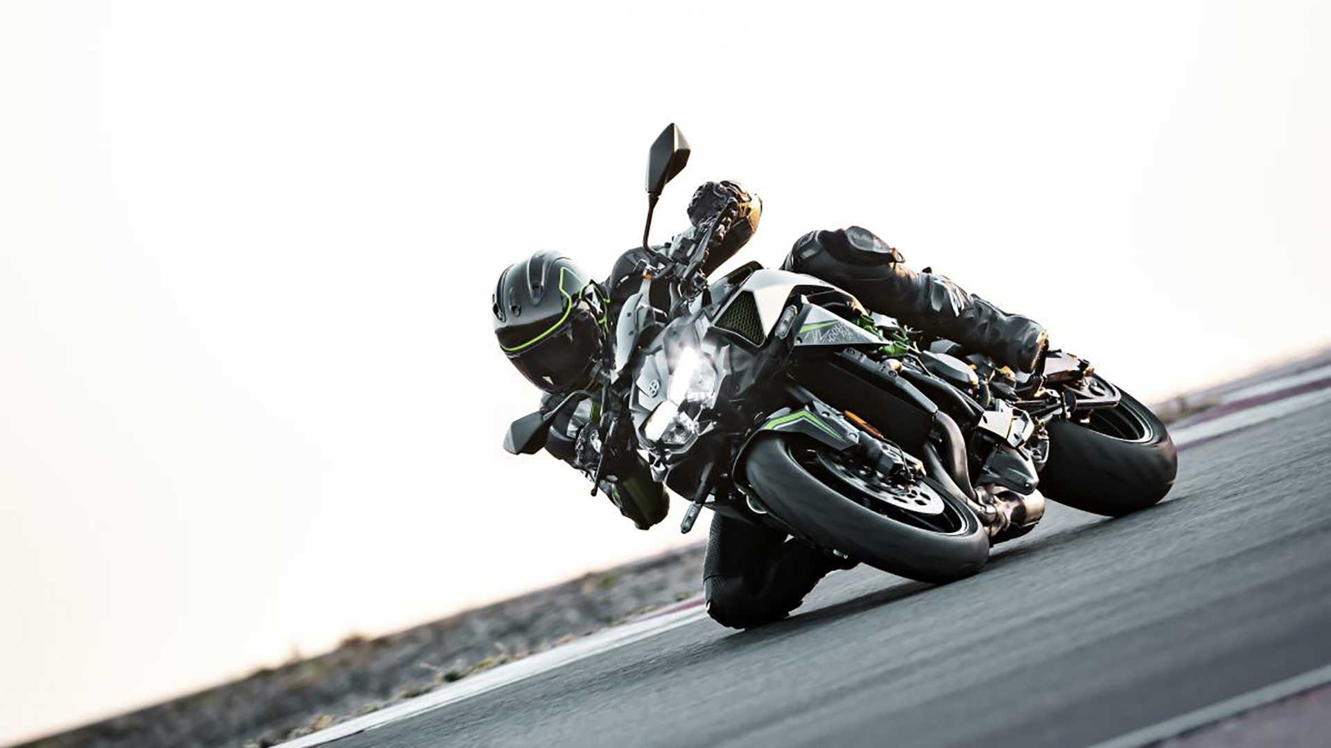 Here's Our First Look At The All-New 2020 Kawasaki Z H2