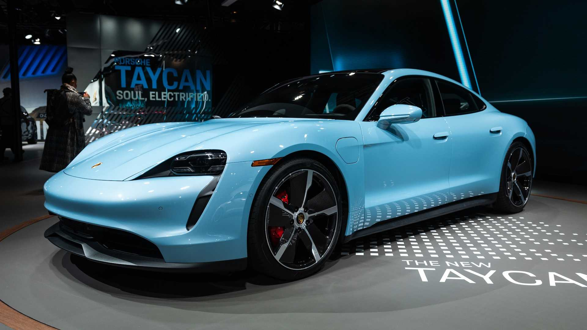 Porsche Taycan 4s Shows Up In La Shows Off Its Striking Blue Paint
