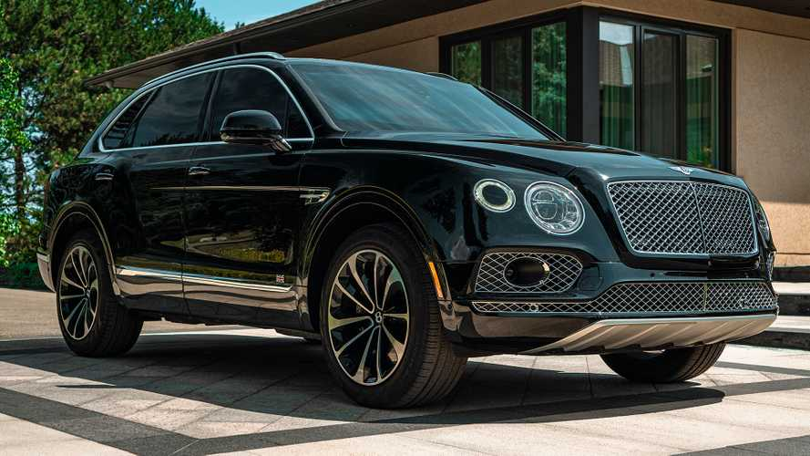 Bentley Bentayga превратилась в броневик за полмиллиона долларов