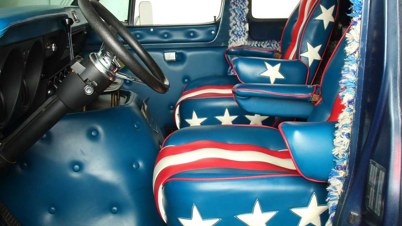 Get Funky In This 1974 Dodge Tradesman