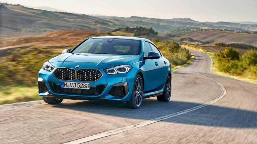 Названы рублевые цены на компактный седан BMW