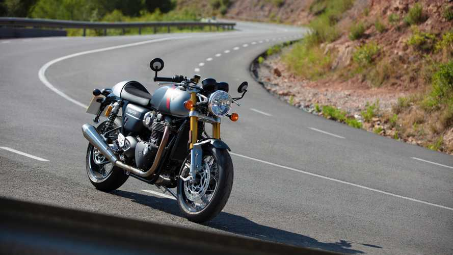 Thriumph Thruxton RS, la cafe racer definitiva ad Eicma 2019