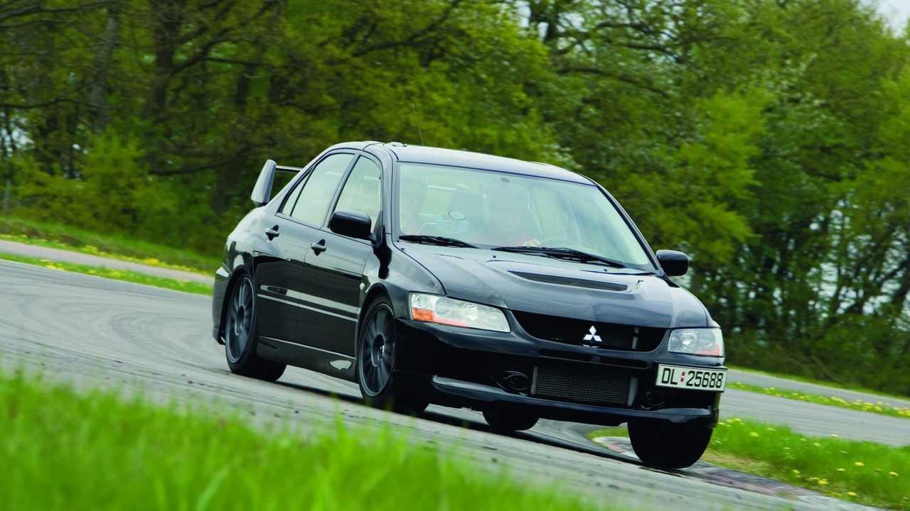 Mitsubishi - S-AWC