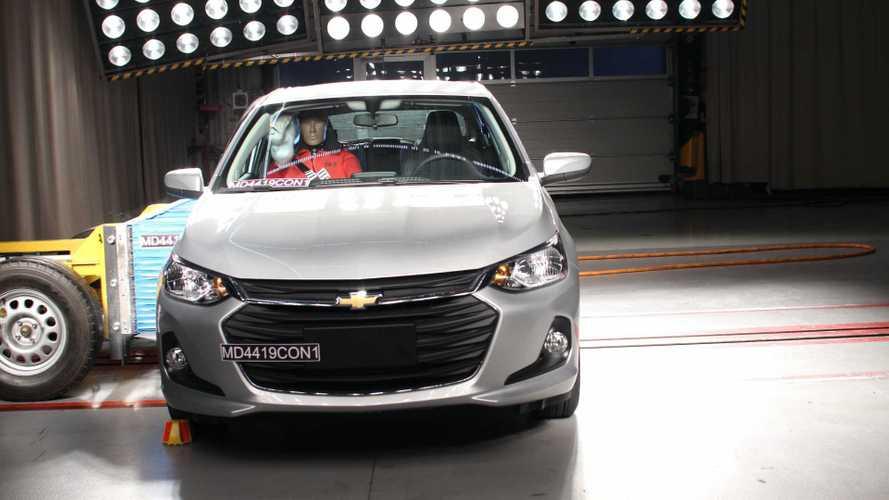 Краш-тест Mitsubishi L200 и Chevrolet Onix - Latin NCAP