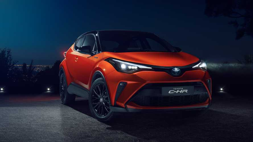 Toyota C-HR, il crossover si rifà il look