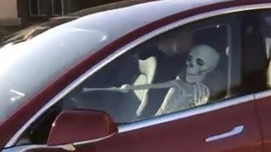 With Smart Summon, A Skeleton Can Eerily Drive A Tesla Model 3