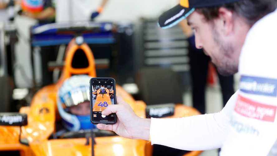 Alonso 'impressed' by Johnson's McLaren F1 laptimes