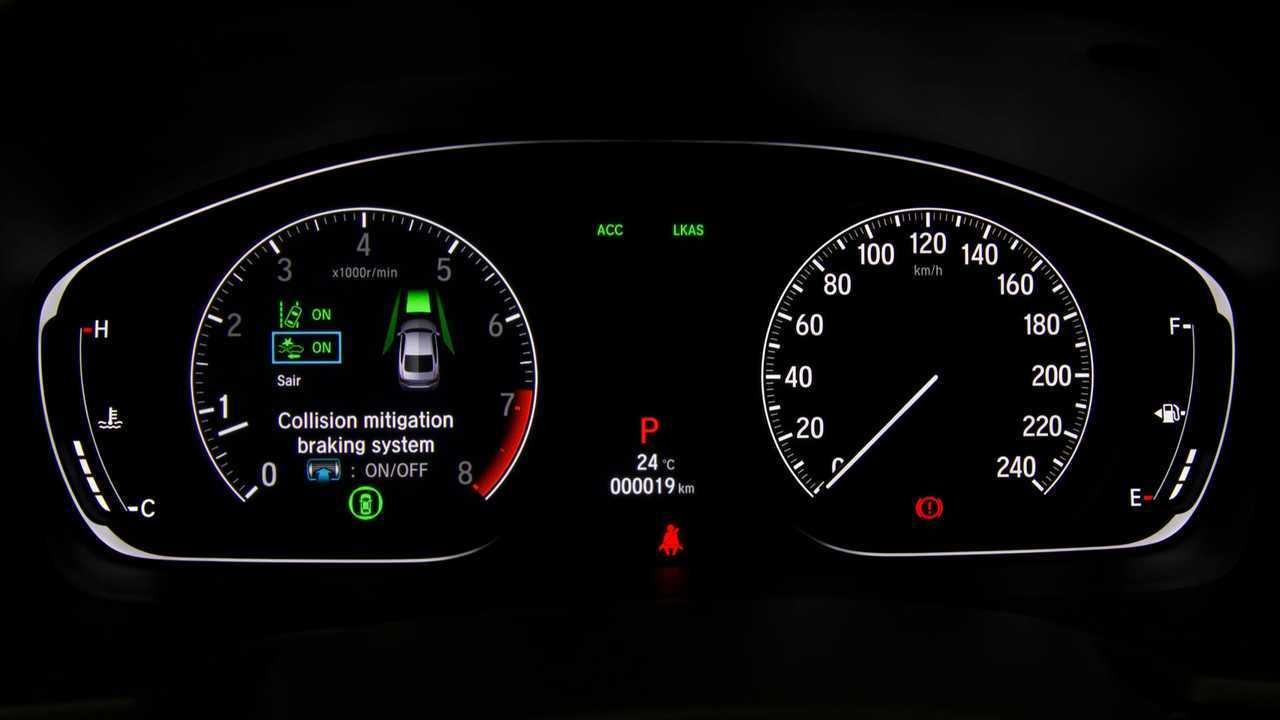 Teste Instrumentado: Honda Accord Touring 2019 faz frente aos alemães? Painel-digital-novo-accord-2019