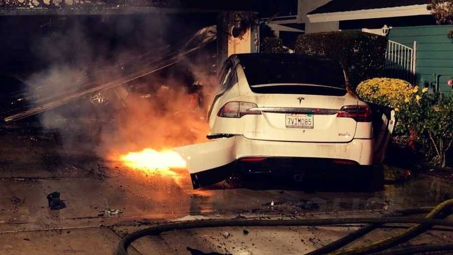 See A Tesla Model X On Fire In California: Video