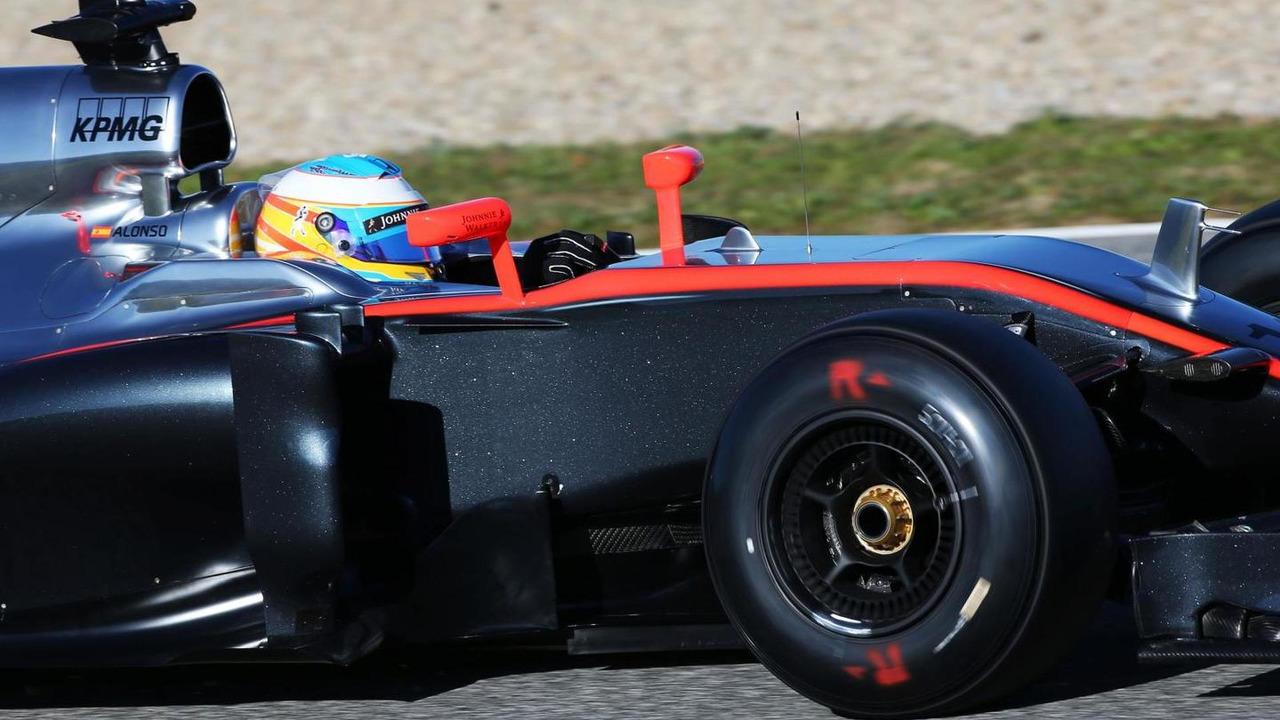 Fernando Alonso (ESP), McLaren MP4-30. 01.02.2015, Formula One Testing, Day One, Jerez, Spain / XPB