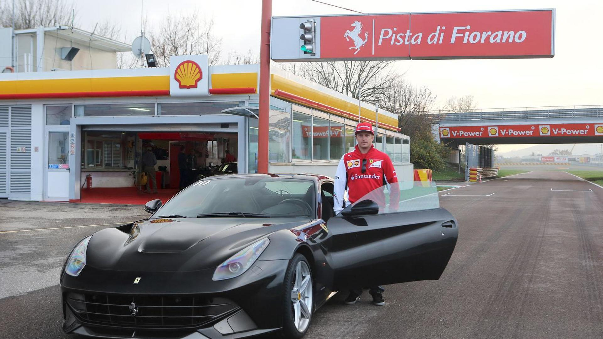 Kimi Raikkonen Tackles Fiorano In The Ferrari F12 Berlinetta Video