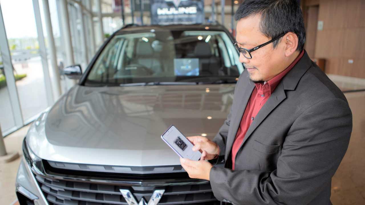 Digitalisasi digunakan pada Wuling Almaz RS.