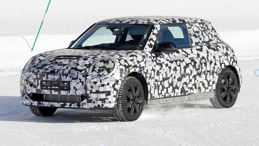 Yeni nesil MINI Cooper EV modeli kış testlerinde