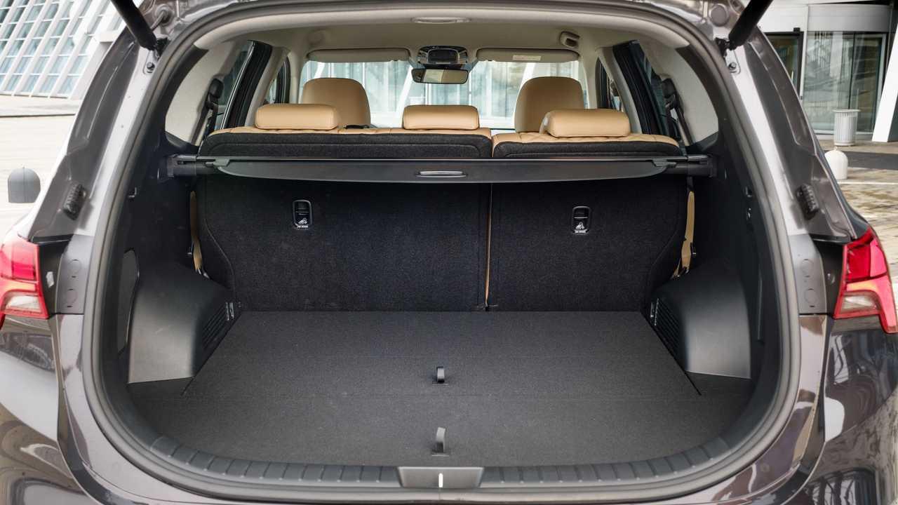 Обновленный Hyundai Santa Fe для России, багажник