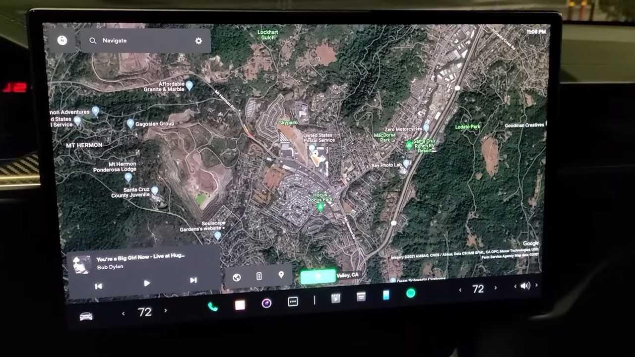 L'interfaccia utente della nuova Tesla Model S