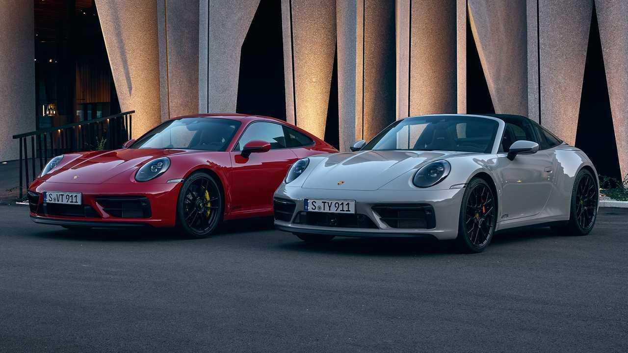 2022 Porsche 911 Carrera GTS e 911 Targa 4 GTS