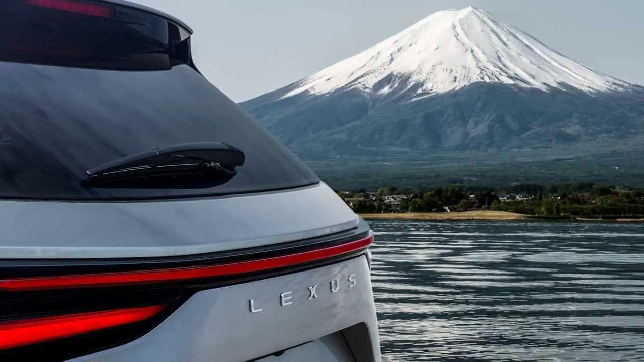 2022 Lexus NX to debut on June 12