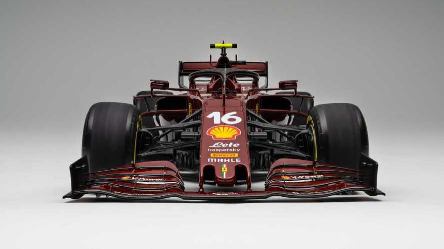 Disfruta de este Ferrari SF1000, lo último de Amalgam a escala 1:8