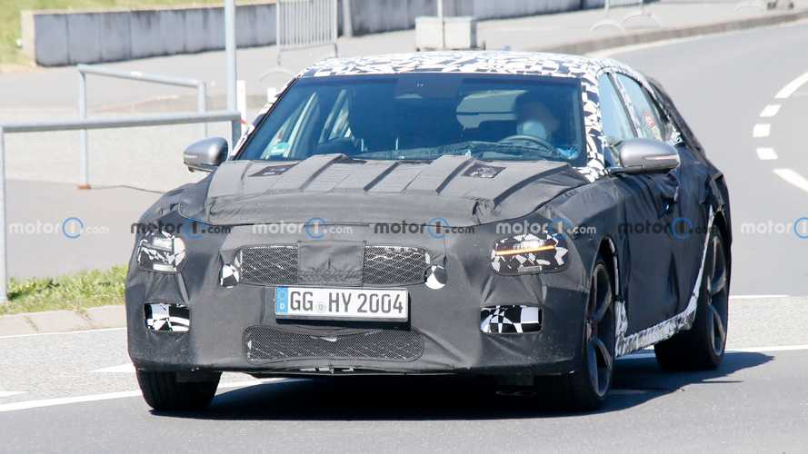 Genesis G70 Shooting Brake Spy Shots