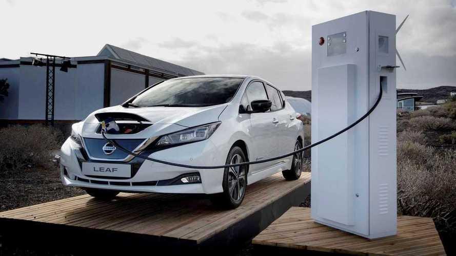 Nissan Leaf é usado como fonte de energia para residências