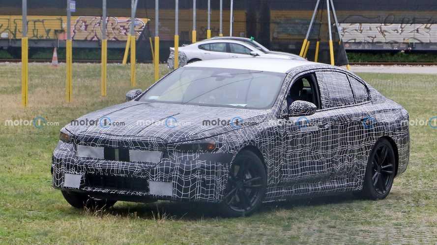 La future BMW M5 avec un V8 hybride de 750 chevaux ?
