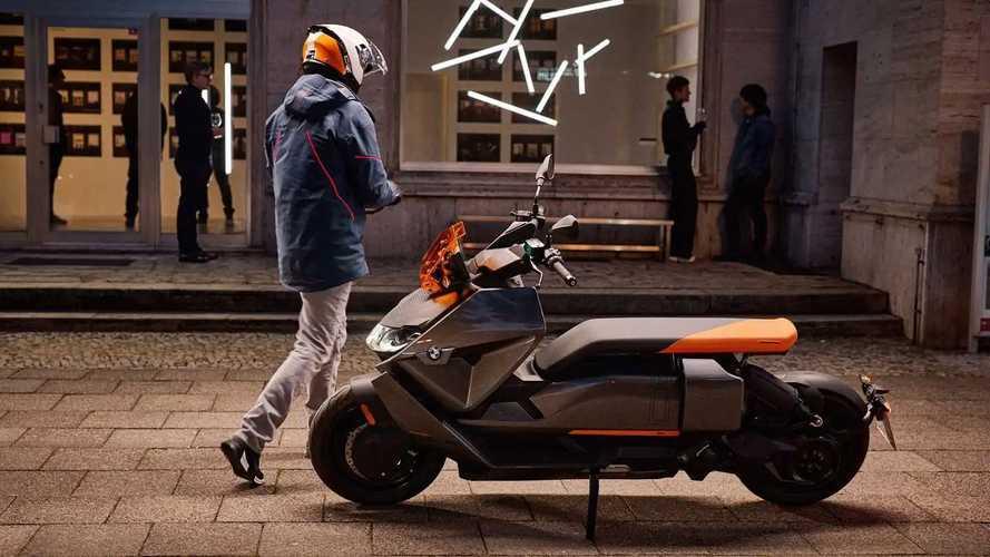 BMW выпустил электрический скутер CE4