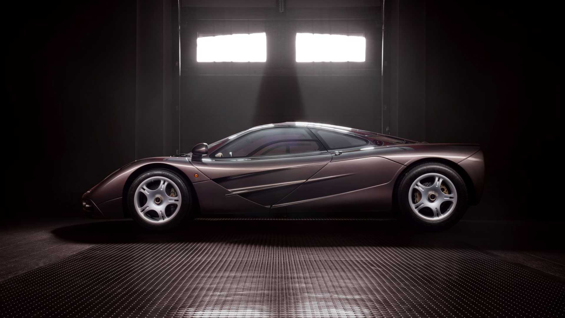 1995 McLaren F1 Gooding And Company Auction 2020 Side