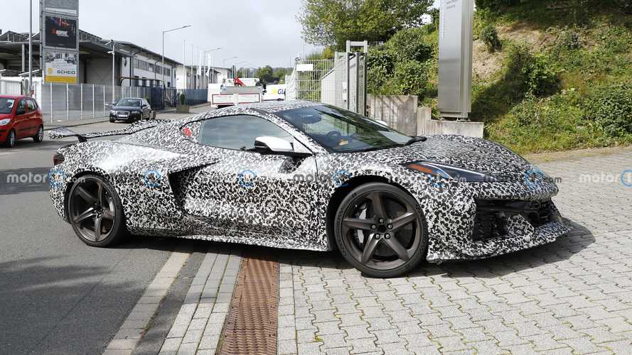 2022 Chevy Corvette Z06 Nürburgring yakınlarında görüldü