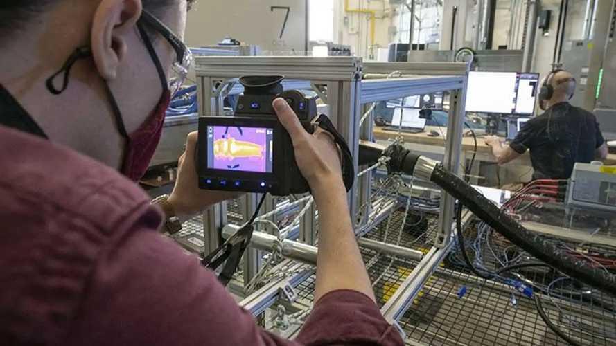 Industry Develops 3.75 MW Charging System For EV Trucks