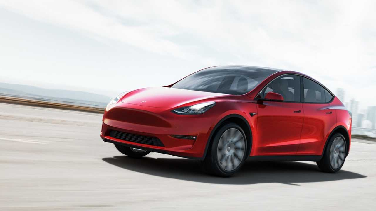 Tesla Model Y wird ab August in Europa ausgeliefert