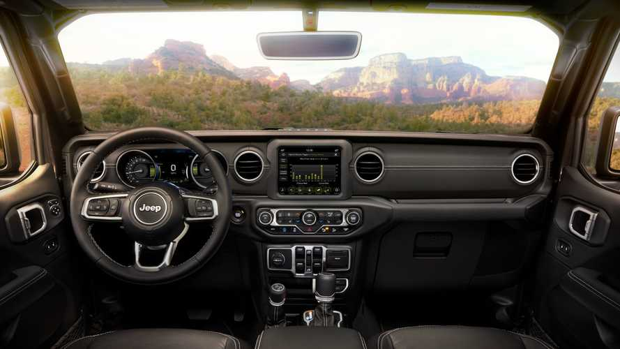 Jeep Wrangler And Gladiator Officially Get Gorilla Glass Windshields