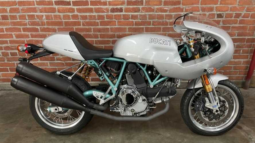 This Pristine 2006 Ducati Paul Smart 1000 LE Is Up For Grabs
