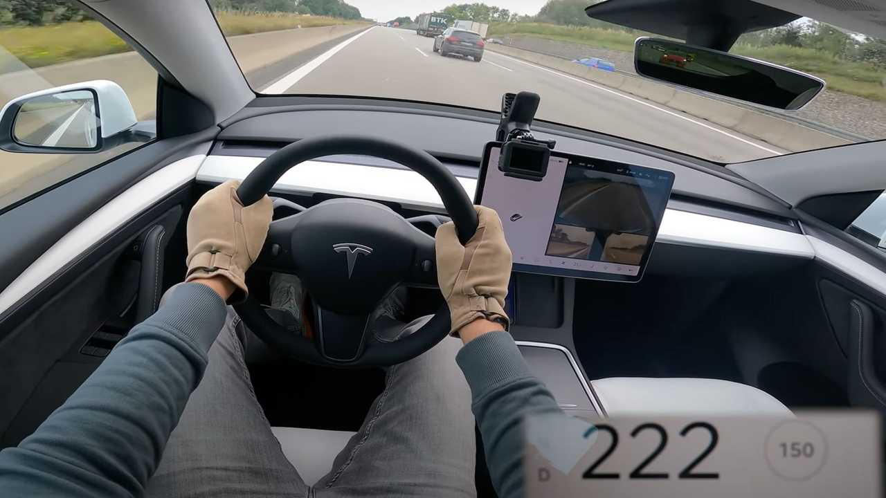 Tesla Model Y visits German Autobahn, goes for a silent top speed