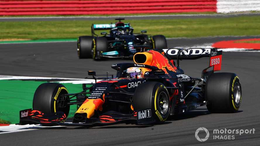 Red Bull's F1 assault has eased pressure on Mercedes, says Wolff