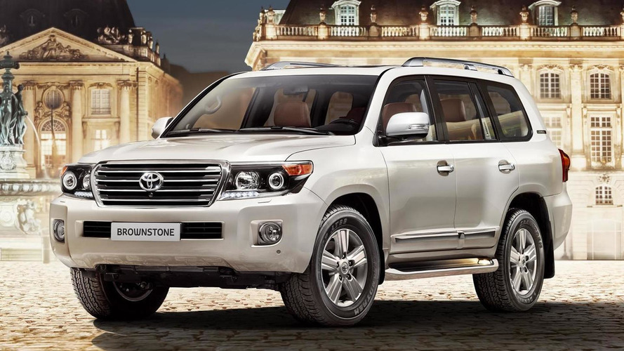 Toyota prepares Land Cruiser 200 Brownstone exclusively for Russia