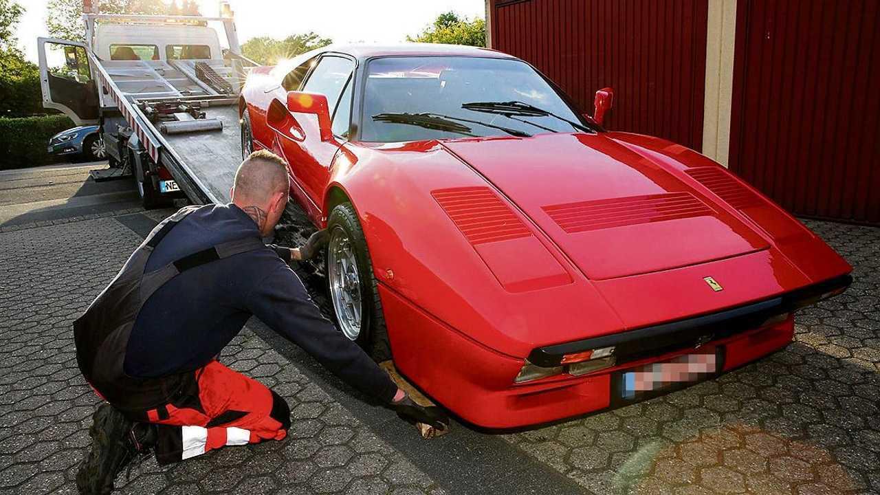 Ferrari 288 GTO volée