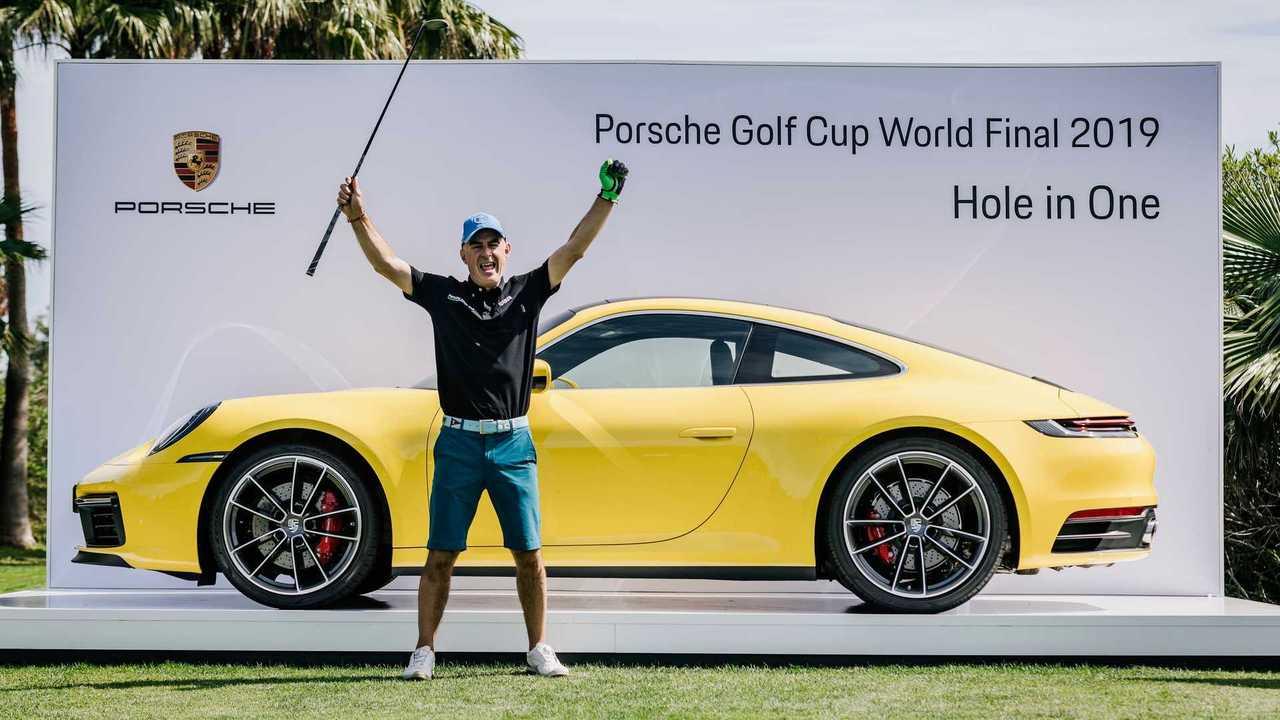 Porsche 911 remportée à la Porsche Cup