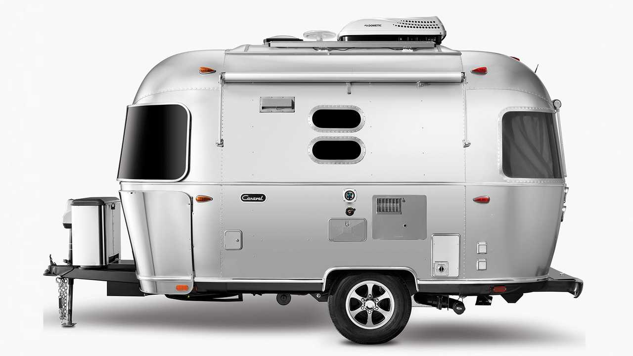 Airstream Travel Trailers >> Airstream Revives Classic Bambi Caravel Names For New Travel Trailers
