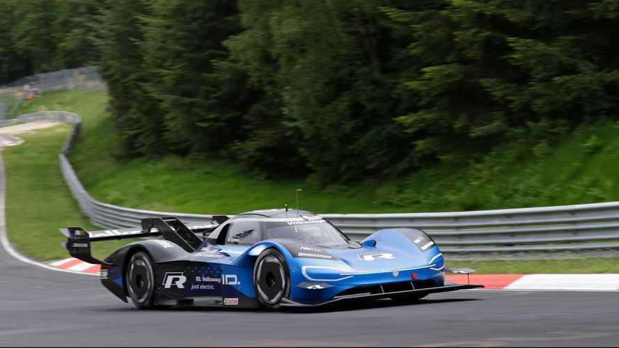 Volkswagen I.D. R'ın Nürburgring rekorunu bir de içinden izleyin