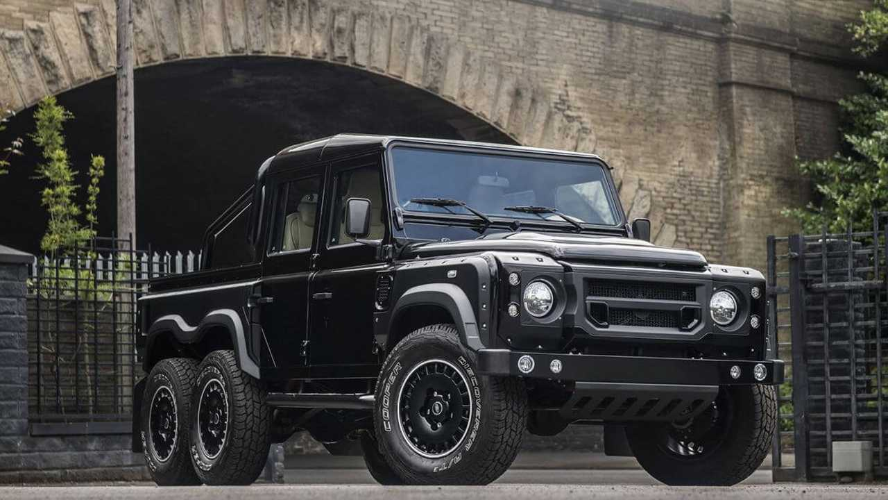 Defender XS Flying Huntsman By Chelsea Truck Co.