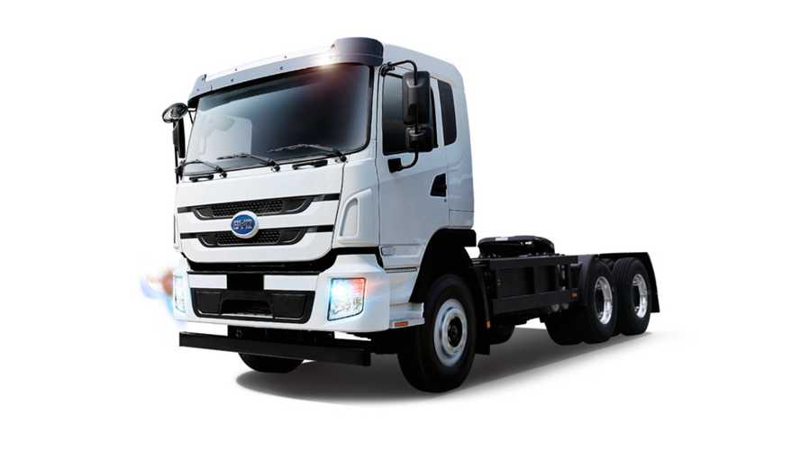 Here Is Why Electrification Of Medium/Heavy Trucks Is Important