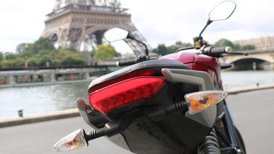 À Paris, les deux-roues trop bruyants sont désormais verbalisés