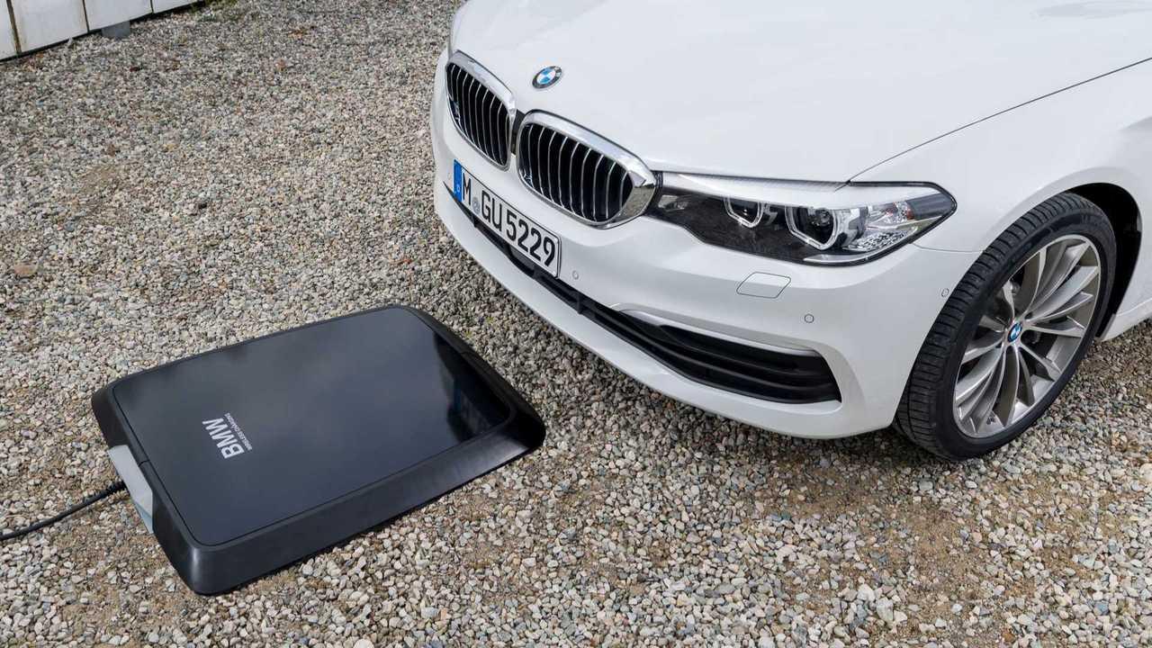 Carregador por indução BMW 530e