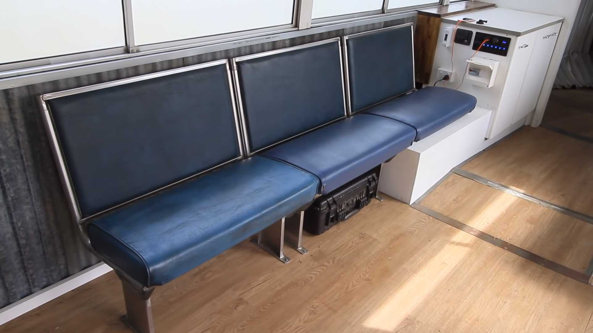 Prime Bonkers Bendy Bus Rv Conversion Is Like The Tardis From Dr Who Home Interior And Landscaping Oversignezvosmurscom