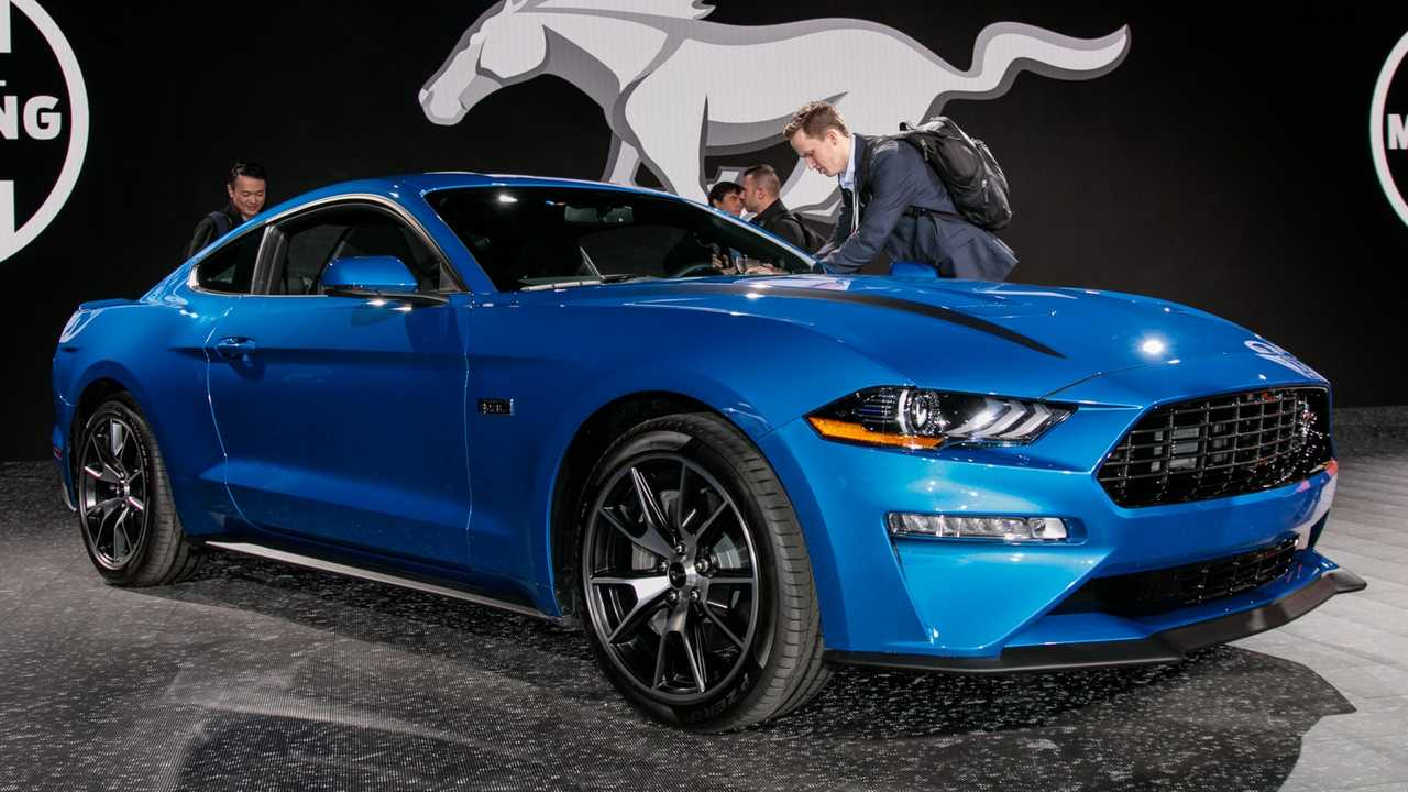 2020 Ford Mustang 2.3L High Performance Package at the New York Auto Show