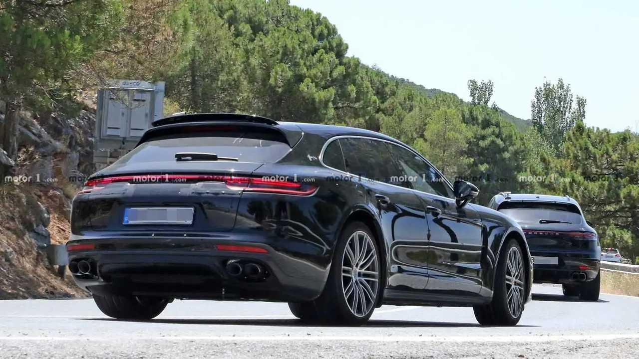 Porsche Panamera Sport Turismo Aggiorna i colpi di spia