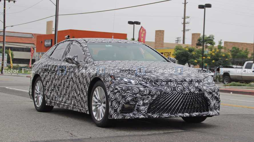 Lexus LS Hydrogen Fuel Cell prototype first look spied